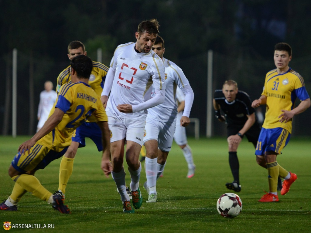 фото игрока арсенала тула шевченко гулял центру