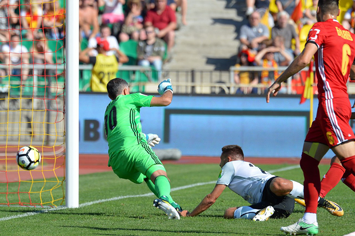 ВТуле начался матч «Арсенал»— «Тосно»
